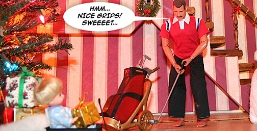 Joe practices his swing with his new set of 1:6 scale golf clubs. (Photo and diorama: G.I.Jay)