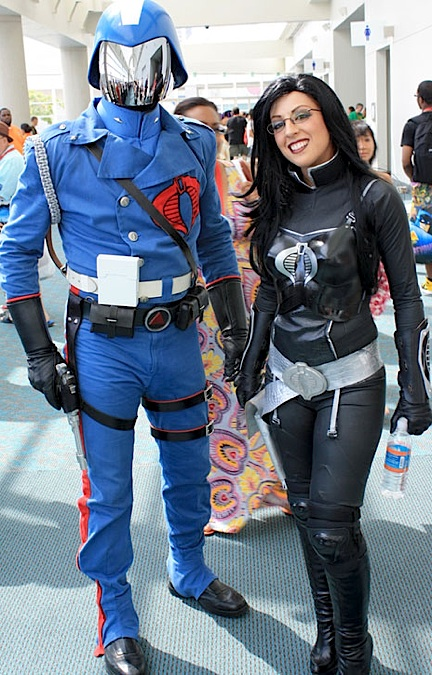 "An amazing ""Cobra Commander"" poses with yet another stunning ""Baroness"" at a recent show. (Photo: cosplay)"