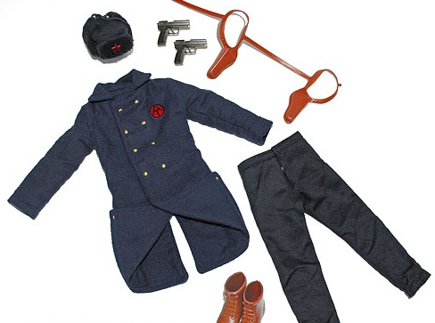 "The ""Comrade of Action"" uniform and accessory set, a Spring 2013 GIjOE Collector's Club exclusive. (Photo: GIJCC)"
