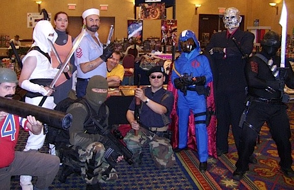 GIjOE conventions, toy shows and comic cons are all great opportunities to portray your favorite character, then gather together for one-of-a-kind group photo. (Photo: GIJCC)