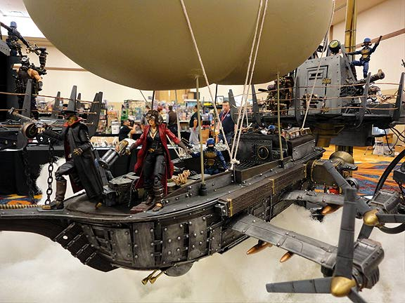 What a MASTERPIECE! Our favorite 1:18 scale diorama was this balloon-centered, Steampunk extravaganza. Superb craftsmanship in every piece. (Photo: Mark Otnes)