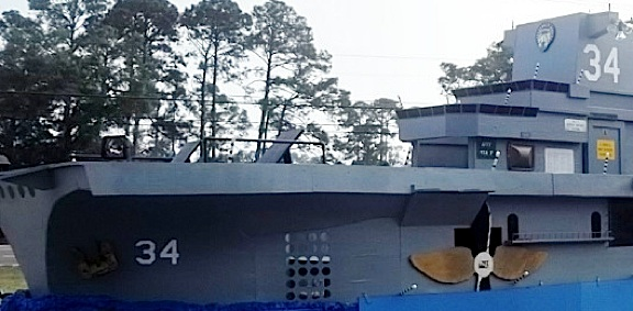 Closeup of the bow. Note all the painted windows, ports and handrails. (Photo: Ricky Smith)