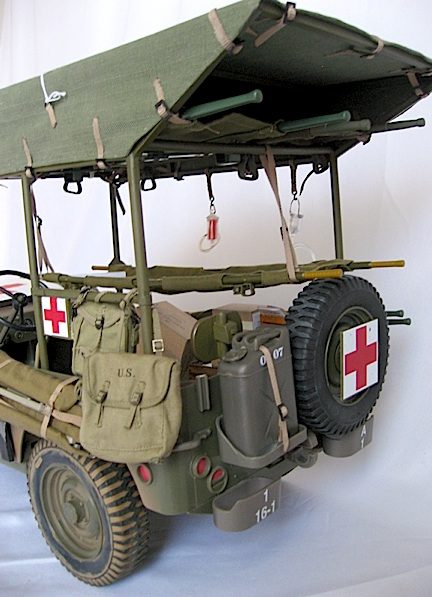 This 3/4 rear view of Robert's custom ambulance is breathtakingly realistic! (Photo: Robert Jason)