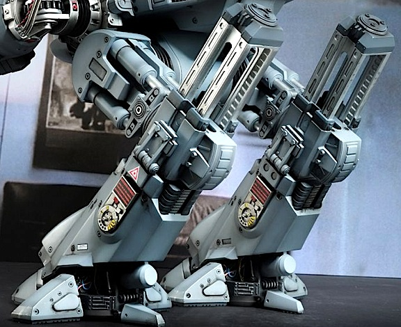 A back 3/4 view of ED-209's unique leg structure reveals more mind-numbing detail. (Photo: Hot Toys)