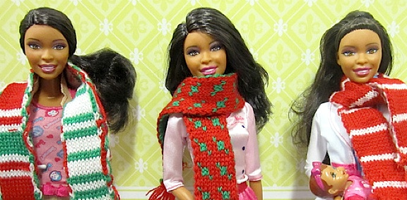 The other three scarves look great on these Barbies. Imagine them on your GIjanes and Joes! (Photo: Queli)