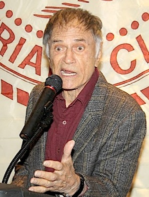 Larry Storch entertains the crowd during a 2011 appearance at the Friar's Club in New York City. (Photo: Drew Friedman)