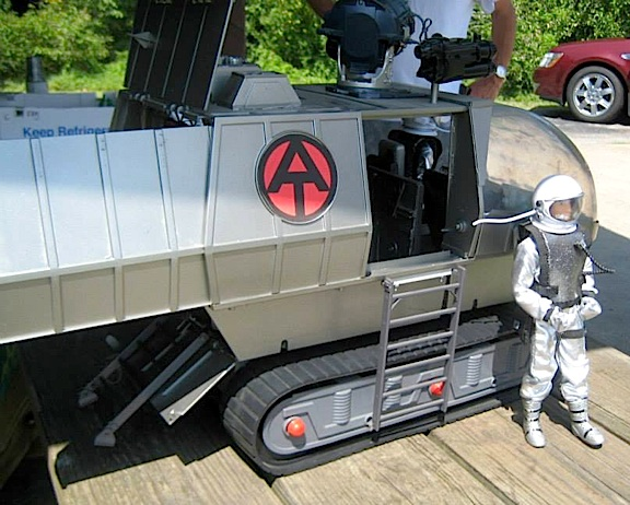"Prior to his launch atop one of the club's famous ""water-rockets,"" the astronaut GIjOE steps from his owner's superb custom Astronaut Support Vehicle. Amazing work, guys! (Photo: KYGCC)"