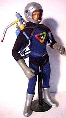 The original, 1960s Captain Action rocket-pack set included special gloves, helmet and rocket-pack. How might Go Hero toys, and Phicen Limited recreate this set for modern collectors? We shall see! (Photo: James DeSimone)