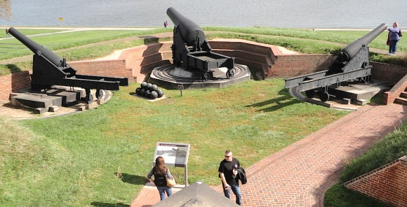 Ready, Aim... Civil War-era guns line a parapet, aimed out at the bay. (Photo: Mark Otnes) Click to enlarge.