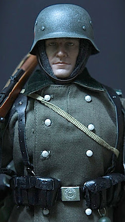 Achtung! As this closeup of one of Jacek's Wehrmacht soldiers reveals, all of his figure's have distinctive features and superb attention to detail, making them practically lifelike. AMAZING! (Photo: Jacek Sulowski)