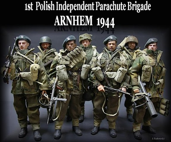 "Jacek's ""1st Polish Independent Parachute Brigade"" was fully customized and outfitted for their upcoming participation in WWII's ""Operation: Market Garden."" Superb! (Photo: Jacek Sulowski)"