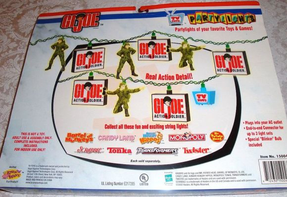 The back panel of the package reveals how the lights are strung together. Pretty cool! (Photo: ebay)
