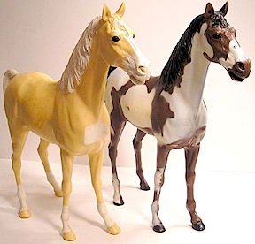 Vintage Horse Flesh from MARX— An original Thunderbolt and a custom painted version. (Photo: etsy)