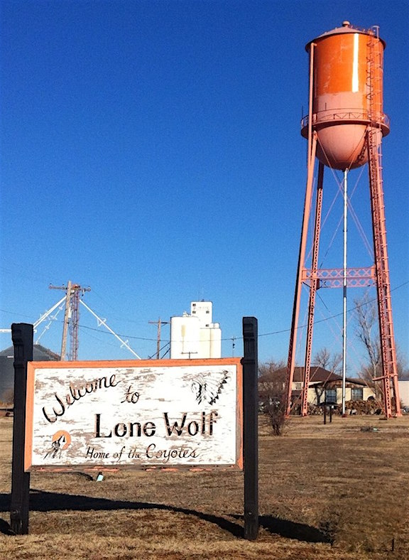 lonewolfsignandtower